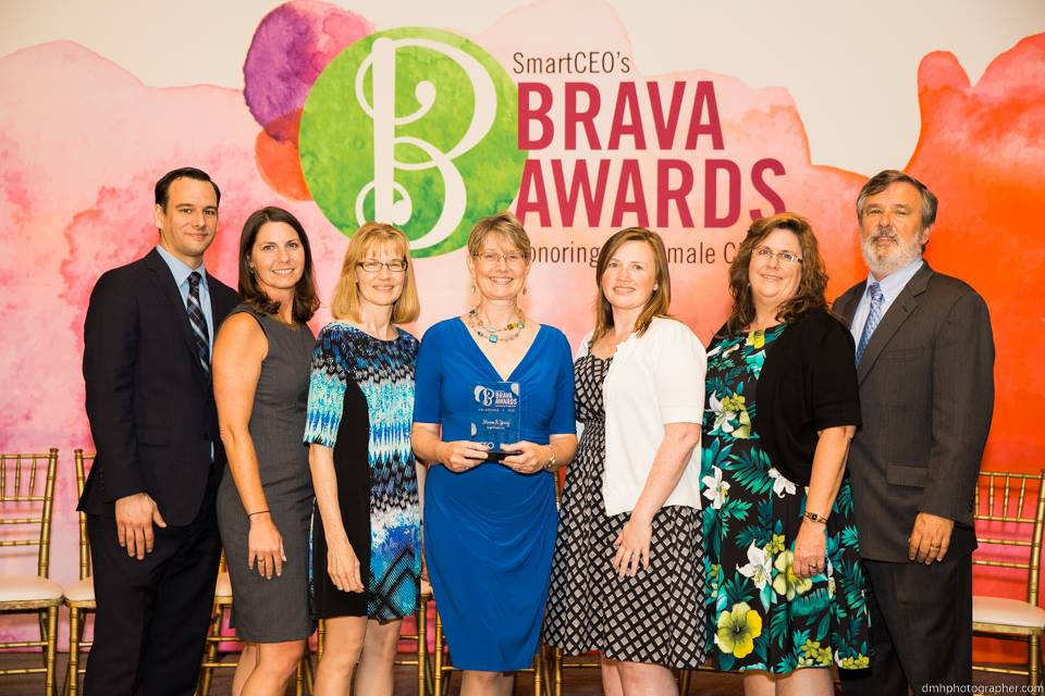 Marian Young Awarded 2016 SmartCEO Brava Award